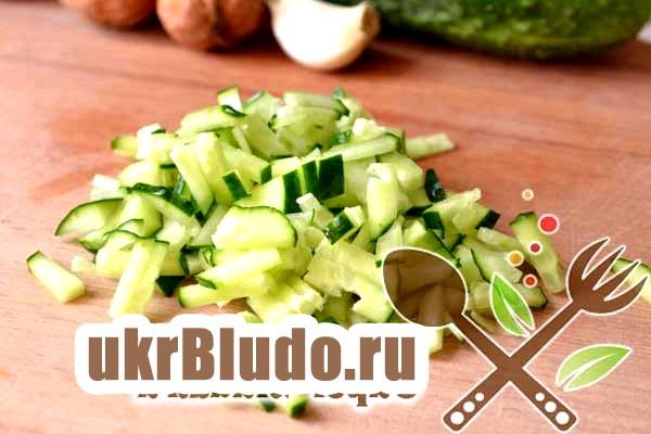 Фото - як приготувати огірковий суп