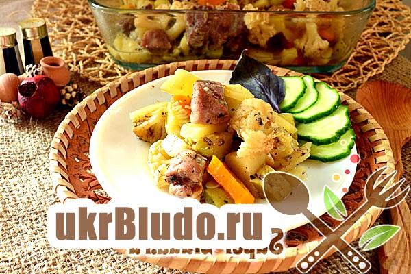 Фото - м'ясо в духовці з овочами рецепт
